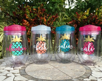 Personalized Pineapple Wine Cup, bev2go Wine Cup, Custom Wine Tumbler, Girls Weekend, Pineapple Cup, Pineapple Bachelorette Cup