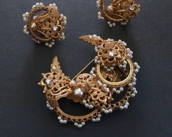 Vintage Miriam Haskell brooch and earring set. Vintage Miriam Haskell. Miriam Haskell jewelry