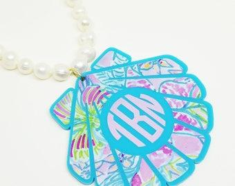"XXL 3"" Pattern Seashell Acrylic Monogram Necklace"