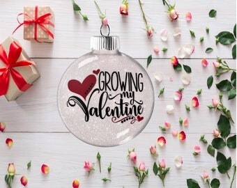 Pregnancy Reveal Gift, Expectant Baby Arrival Ornament, Growing My Valentine Custom Gift for Mother Father Husband Couple, Pregnancy Reveal