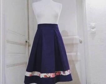 Jupe velours, taille haute, jupe, plis creux, jupe rétro, velours milleraies violet, mauve. jupe cérémonie, baptême, mariage. Jupe plissée