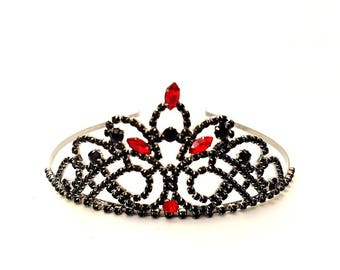 Queen of heart Crown ,Queen of heart Tiara, Queen of heart Headband - Alice In wonderland Crown, Queen of heart Rhinestone Tiara,Red & Black