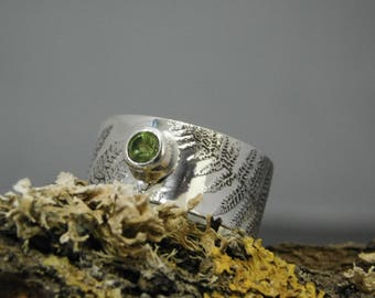 Sterling Silver Fern Ring with Peridot Setting, Sterling Silver Ring, Fern, Woodland, Peridot Ring, Peridot, Fern Ring