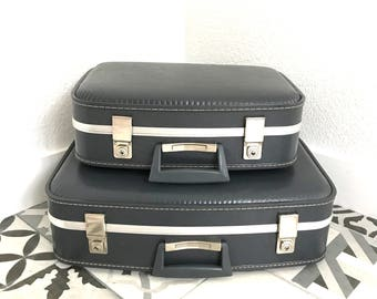 Lot of 2 vintage stewardess grey/blue suitcases