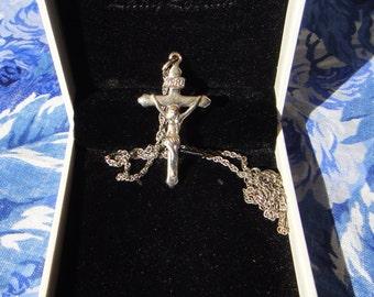"Vintage Silver tone Crucifix on 16"" silver tone chain"