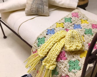 Miniature Dollhouse Hank Knitted Hat and Scarf Set - Yellow
