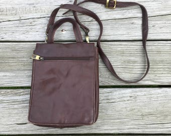 Vtg Wilson Leather Small Messenger Crossbody Bag