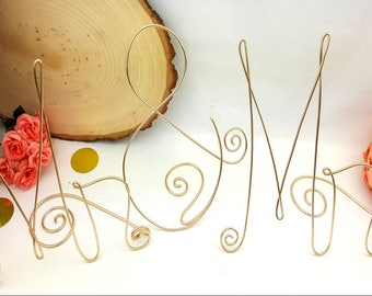 Mr Mrs Sweetheart Table - Mr and Mrs Signs - Mrs and Mrs - Wedding Decor - Bride Groom Table Sign - Weddings - Wedding Signs
