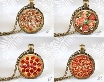 Pizza Necklace, Italian Gift, Favorite Food, Photo glass Jewelry, Pizza Necklace, Humor, Fun Jewelry, Gift for Pizza lover Novelty bracelet
