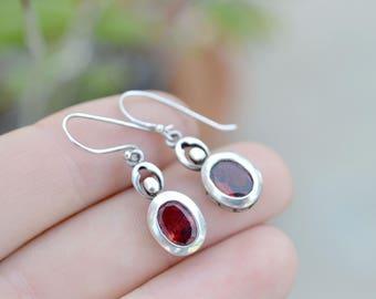 Sterling Silver Oval Garnet Dangle Earrings, Sterling Garnet Earrings, Garnet Jewelry, Oval Garnet Earrings, Garnet Gemstone Earrings