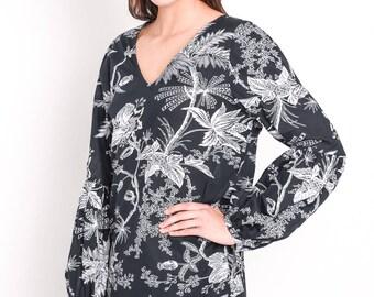 V front long sleeve botanical print cotton top