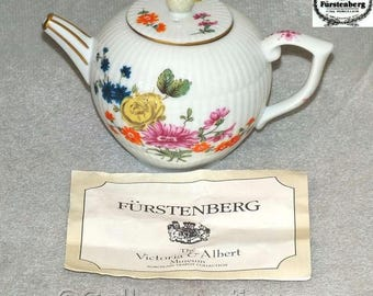 Vintage Victoria & Albert Museum Furstenberg Miniature Reproduction Teapot from Porcelain Teapot Collection by Franklin Mint 1985 (ref 5030)
