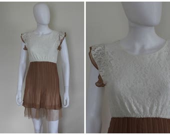 Vintage 1980's Sheer Cream Tan Lace Ruffle Pleated Summer Pretty Girly Dress Unmarked Size Small