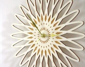 Geometric clock, wooden flower shape, scandinavian and natural design, minimal home decor, poplar wood, unique housewarming, birthday gift