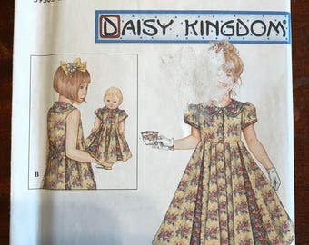 Simplicity 8561 - Daisy Kingdom Girl's and Doll's Matching Dress with Flared Skirt Pleated to Bodice - Size 3 45 6