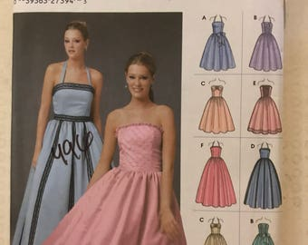 Simplicity 5185 - Halter Style or Strapless Party Dress with Flared Skirt in Knee or Maxi Length - Size 4 6 8 10