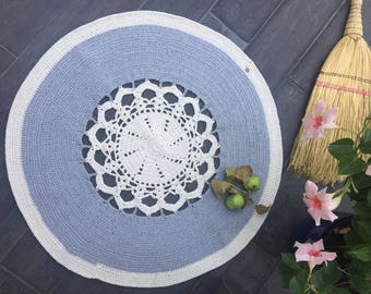Handmade Rug out of recycled cotton yarn