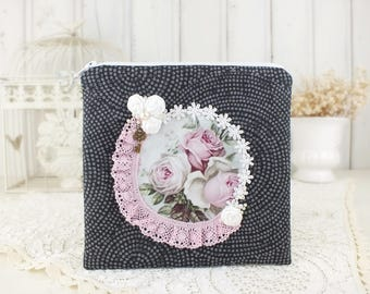 Zipper pouch Black Makeup bag Beauty bag Zip pouch Linen cosmetic bag Shabby chic roses Cosmetic pouch Gift mom Toiletry bag Gift for her