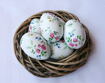 Crochet egg holder easter egg cozy white romantic breakfast wooden easter eggs set of six decoupage country rustic style roses coloration easter ornament shabby chic negle Images