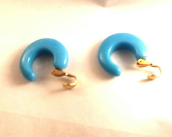 Retro Blue Clip On Earrings