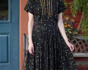 1950s Dress / Mode O'Day / Atomic Bug Novelty Print / Full Pleated Skirt / Vintage 50s