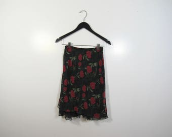 Knee Length Rose Skirt : Size Small