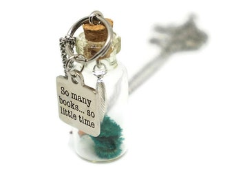 Librarian Necklace - So Many Books So Little Time - Book Jewelry - Book Necklace - Book Lover Gift - Librarian Gift - Glass Vial Necklace