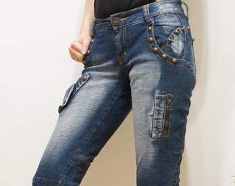 Woman Denim Vintage Jeans Studded knee-breeches, Short Denim Pants Size S, uk 8