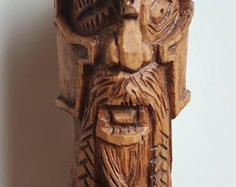 Hand carved wooded Viking statue / head. Made from Oak. Viking wood carving. 11cm tall