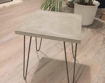 Beton hocker latest imga with beton hocker hocker beton - Nachttisch beton ...