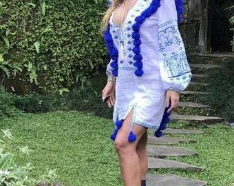 White linen Boho Dress Tunic Chic Nationale Ukrainian Embroidery Vyshyvanka Dresses Vishivanka Custom Boho Chic nationale Bohemian Style