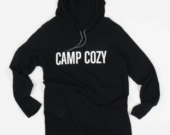 Camp Cozy Lettering Black Hooded Long Sleeve T-Shirt / CAMP COZY
