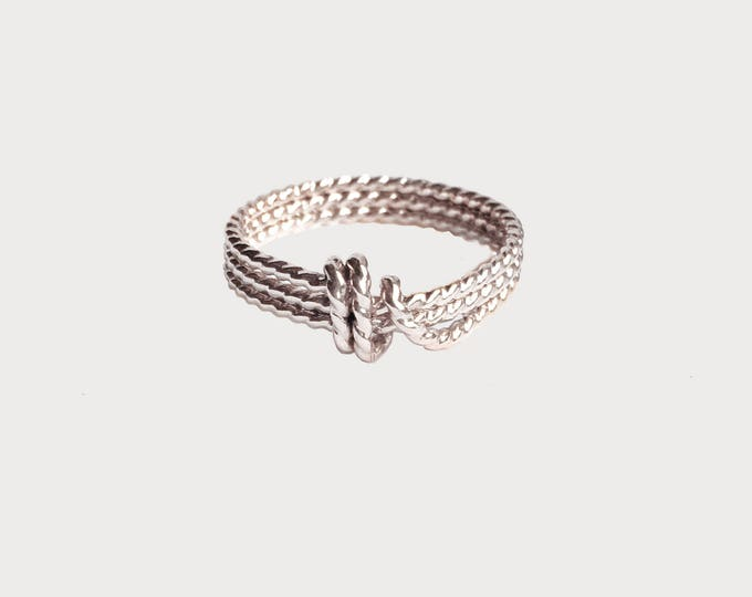 14K White Gold Love Knot Ring_Unique Wedding Promise ring