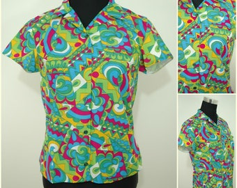 VINTAGE 1960s Funky Retro Psychedelic Button Front Shirt Blouse Top UK 10 FR 38/ Multicoloured Abstract Swirls / Small Collar