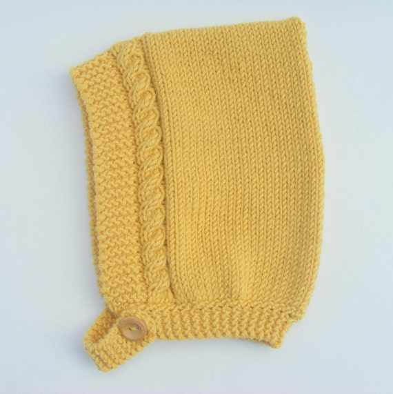 Cable Knit Pixie Hat in Yellow