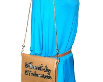 Cover Chic Mademoiselle, faux Tan Leather, gold chain