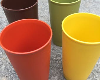 Tupperware 5.25 inch 10 ounce drinking glasses tumblers 873-23 yellow 873-22 orange 873-23 green, 873-20 brown camping picnic cottage