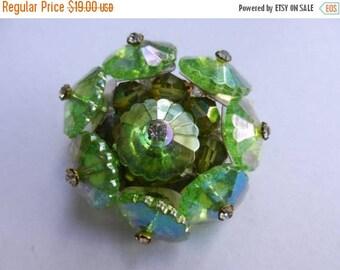 Summer Sale Vintage costume jewelry green brooch