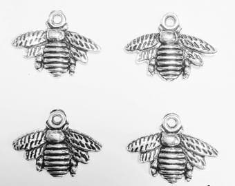 6 bee charms - SCB135