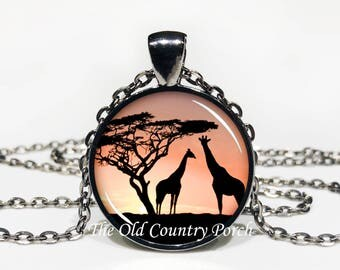 Giraffe Sunset-Glass Pendant Necklace/Graduation gift/mothers day/bridal gift/Easter gift/Gift for her/girlfriend gift/friend gift/birthday