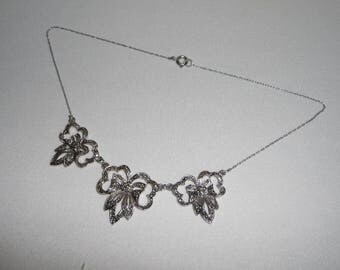 A Beautiful Vintage Art Deco Ribbon & Bow Real Marcasite Necklace