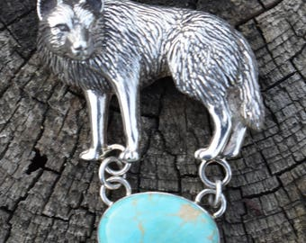 Carol Felley wolf pin pendant rare wonderful sterling silver wolf with beautiful turquoise stone, large vintage signed.