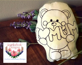 ITH I love Mum bear colouring in stuffie (5x7,6x10 & 8x11) machine embroidery