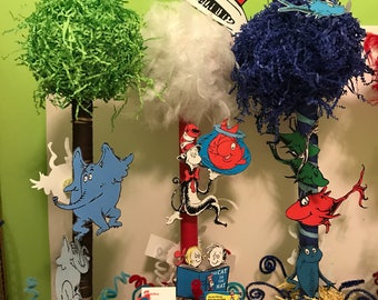 2 - cat in the hat theme centerpieces