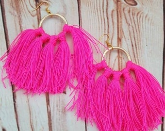 Tassel Fuscia screens handmade