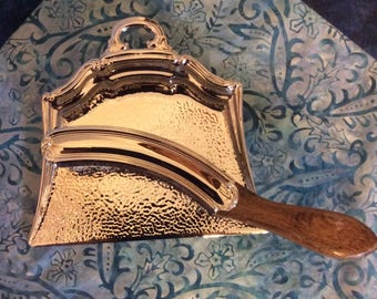 Vintage crumb catcher with brush, Celtic Quality Plate - Made in England, silver plated crumb sweeper and crumb tray, silent butler