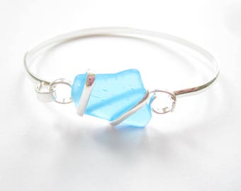 Silver Plated Bangle with Aqua Sea Glass Piece-Sea Glass Bracelet-Beach Glass Bangle-Beach Glass Jewelry-Sea Glass Jewelry-Bracelet Bangle