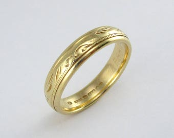 Vintage Engraved 14kt Yellow Gold Wedding Band