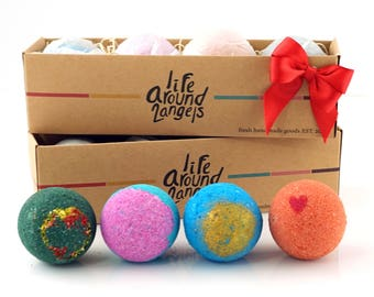 4 Bath Bombs Gift Pack, Perfect Gift Set For Family, Friends, Co Worker, Parties!! Handmade in USA with Fresh Ingredients