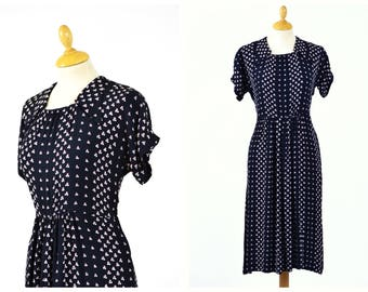 Vintage 1940s black floral print rayon dress - size L